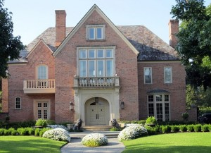 selon sothebys qui uvre exclusivement dans limmobilier de luxe mondial les 6 premiers mois de 2014 ont vu une hausse marque des ventes de maisons de - Photo De Maison Au Canada
