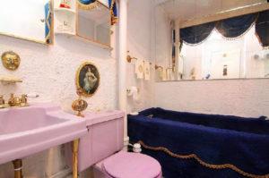 10.  Inspiré des salles de bain du Palais de versailles